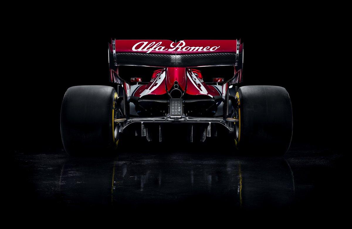 alfa romeo racing 2019 bolid 2