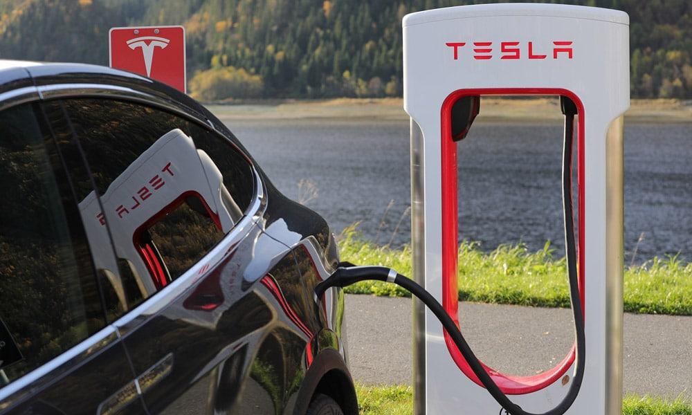 Tesla ładowarka