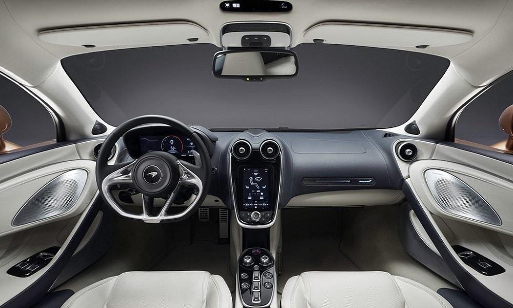 McLaren GT - wnętrze