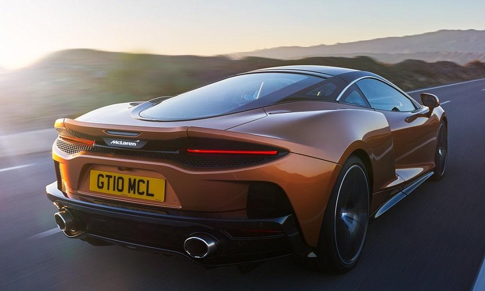 McLaren GT - tył