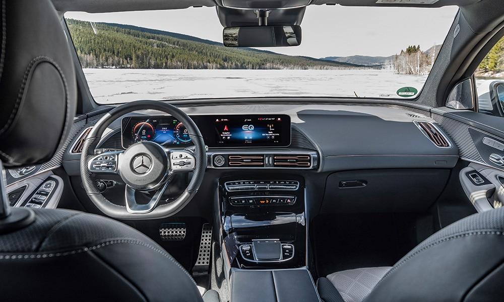 Wnętrze Mercedes EQC