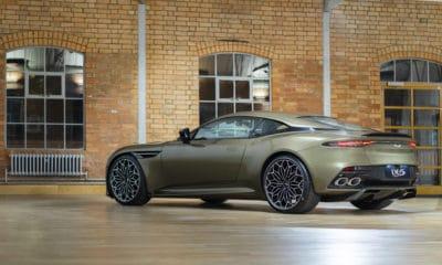 Aston Martin DBS Superleggera - W tajnej służbie Jej Królewskiej Mości   2019