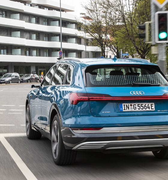 Komunikacja Audi z sygnalizacjami drogowymi
