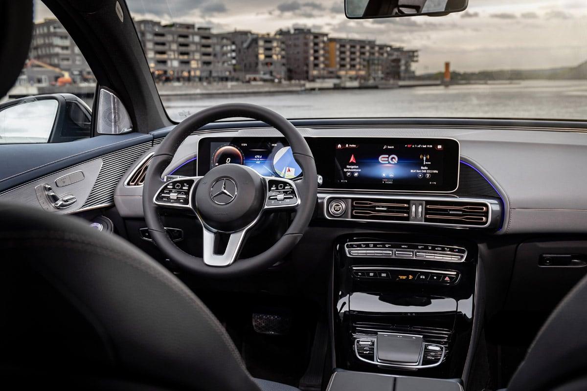Mercedes-Benz EQC (2019) - wnętrze