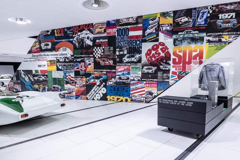 """Wystawa """"50 lat Porsche 917 - kolory prędkości"""""""