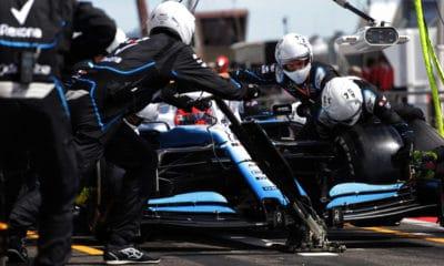 Mechanicy Williamsa podczas pit-stopu - GP Francji 2019