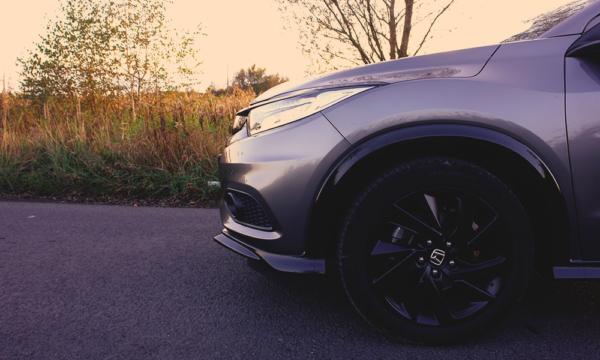 Honda HR-V Sport 2019 bok
