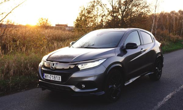 Honda HR-V Sport 2019 z przodu 2