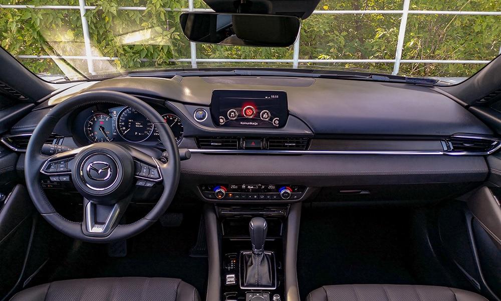 Mazda 6 kokpit
