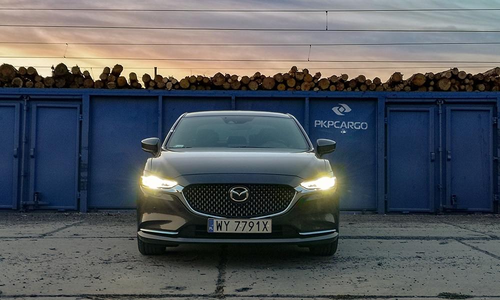 Mazda 6 przód profil
