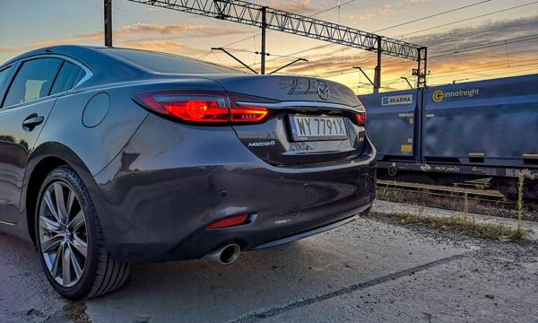 Mazda 6 tył 3
