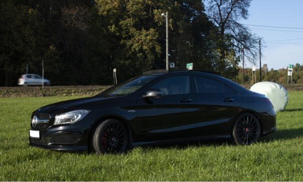 Mercedes CLA 45 AMG - sylwetka