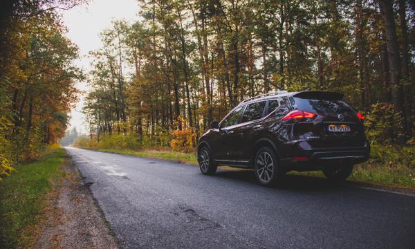 Nissan X-Trail tył