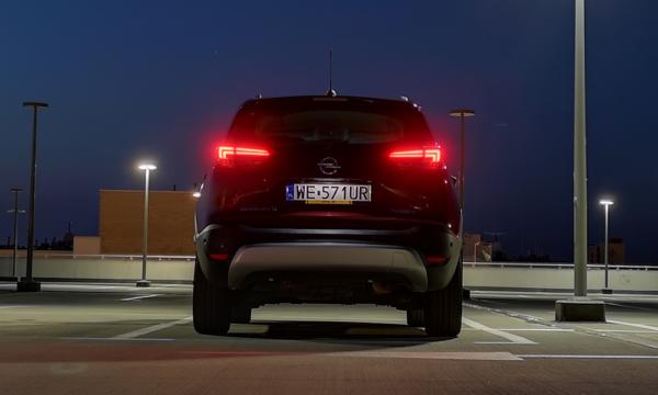 Opel Crossland X 2019 Diesel tył 3