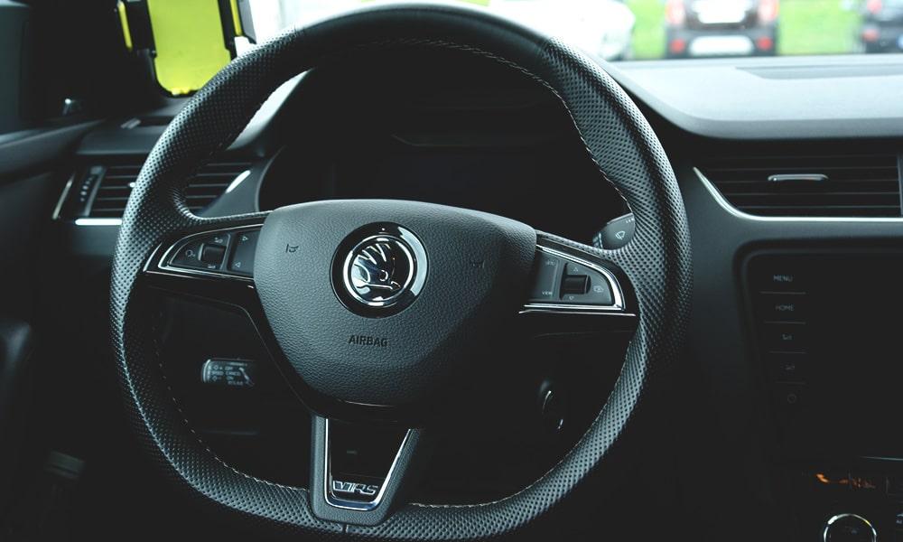 Škoda Octavia RS (2019) wnętrze
