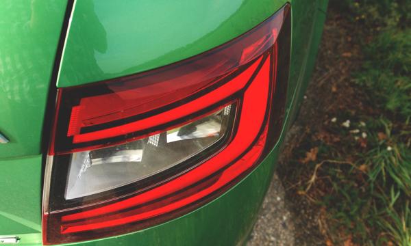Škoda Octavia RS (2019) tylna lampa