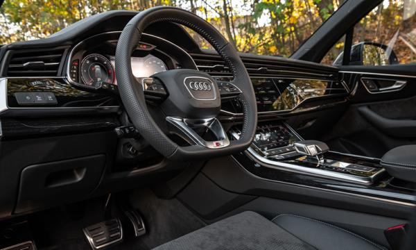 Audi SQ7 kierownica