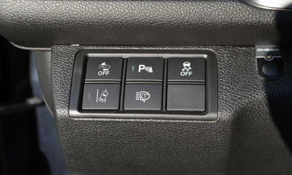Honda Civic Sedan 2019 przyciski