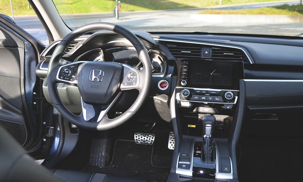Honda Civic Sedan 2019 wnętrze