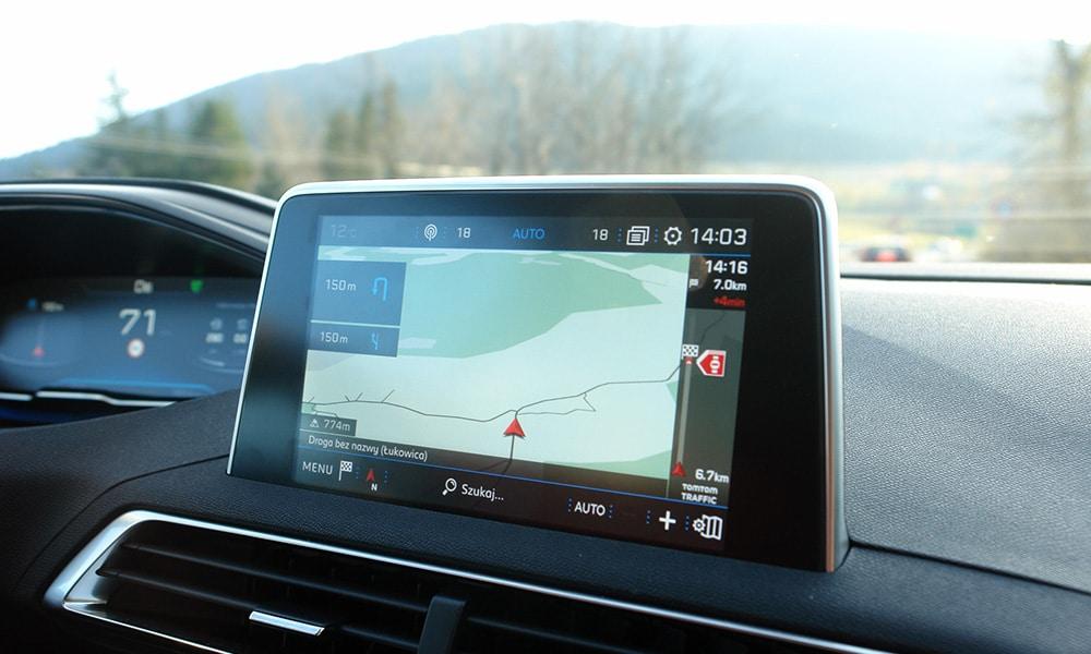 Peugeot 3008 multimedia nawigacja