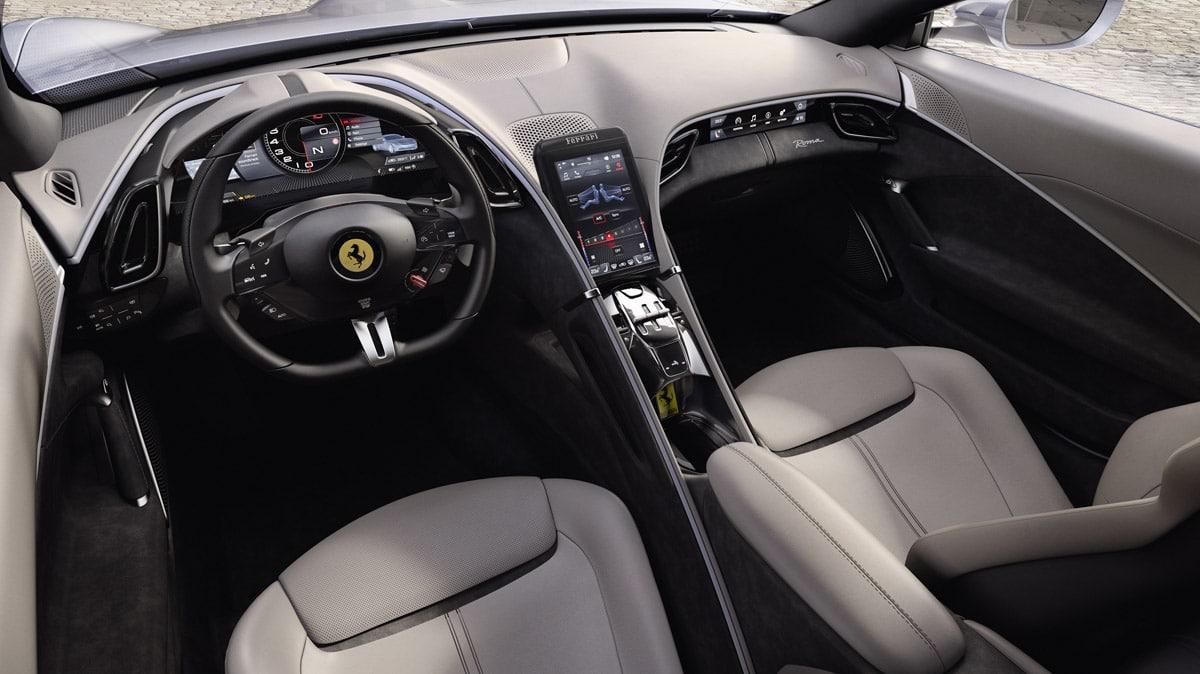 Ferrari Roma środek