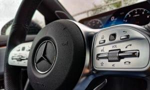 Mercedes CLA 220 kierownica przyciski