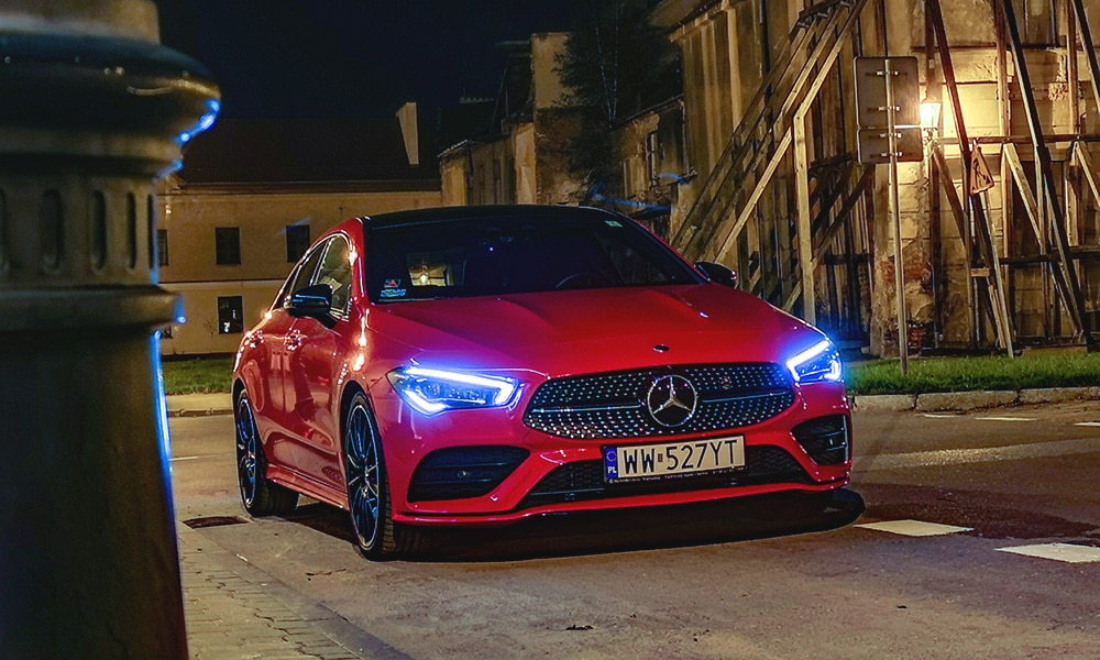 Mercedes CLA 220 przód noc 1