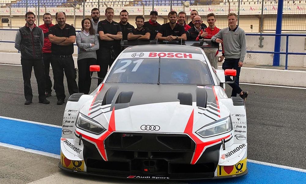 Robin Rogalski i ekipa WRT Audi Sport podczas testów Rookie DTM 2019