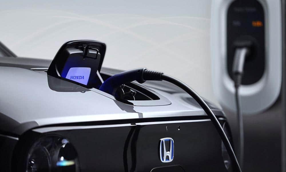 Honda e ładowanie