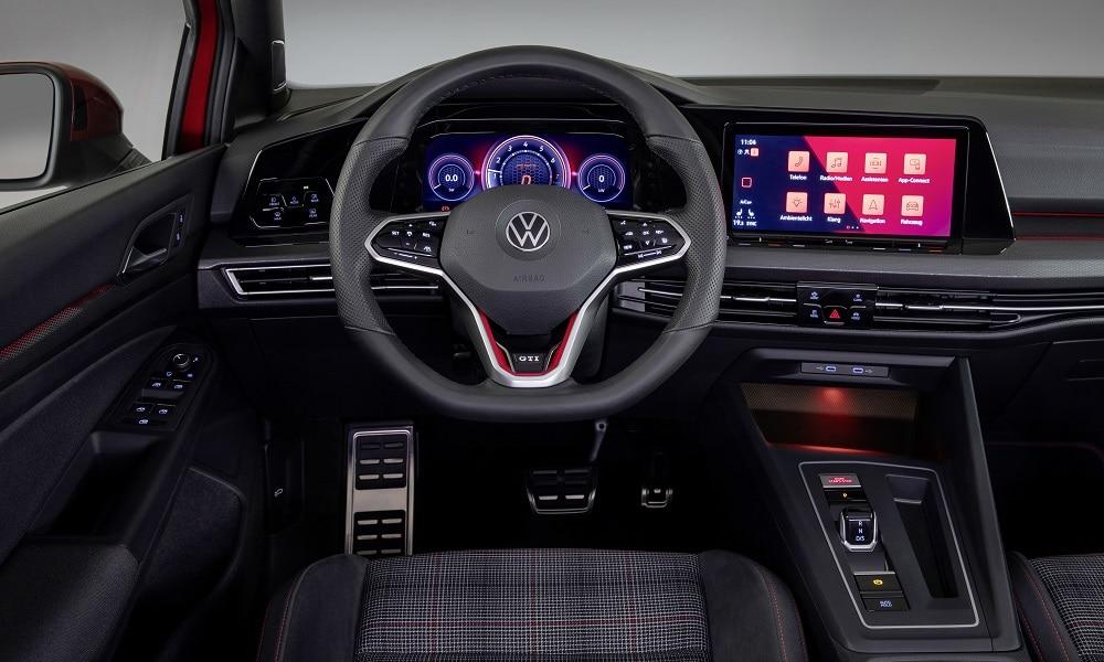 Volkswagen Golf GTI - wnętrze