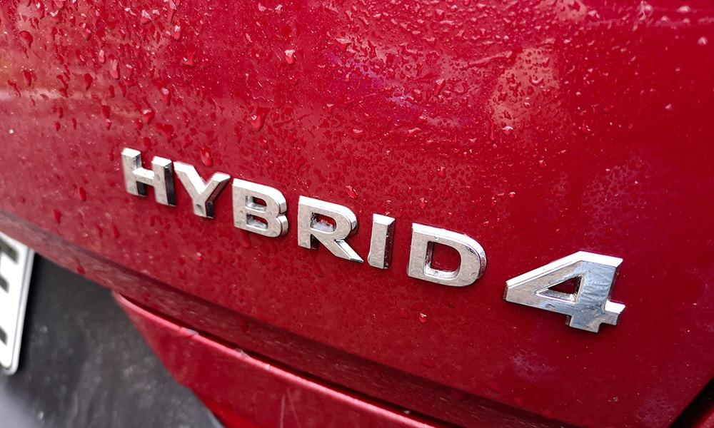 Hybrid4 Opel logo