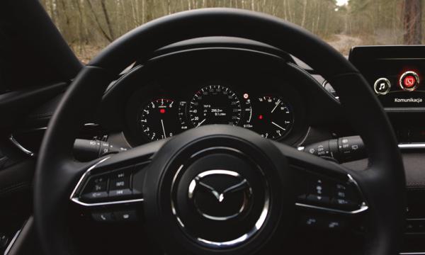 Mazda 6 Kombi SkyDREAM od strony kierowcy