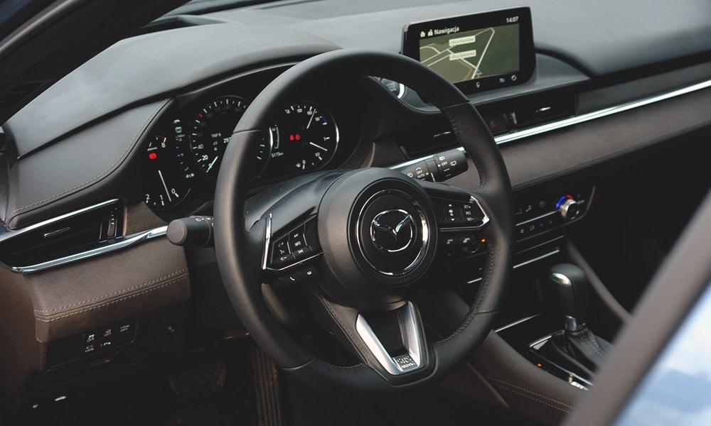 Mazda 6 Kombi SkyDREAM wnętrze 2