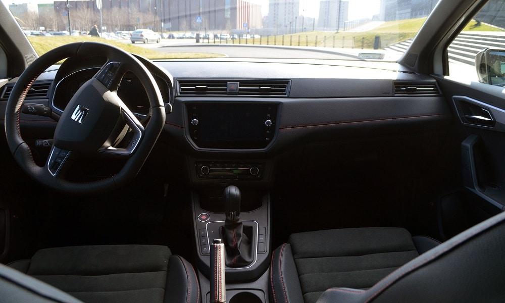Seat Ibiza FR Black - wnętrze