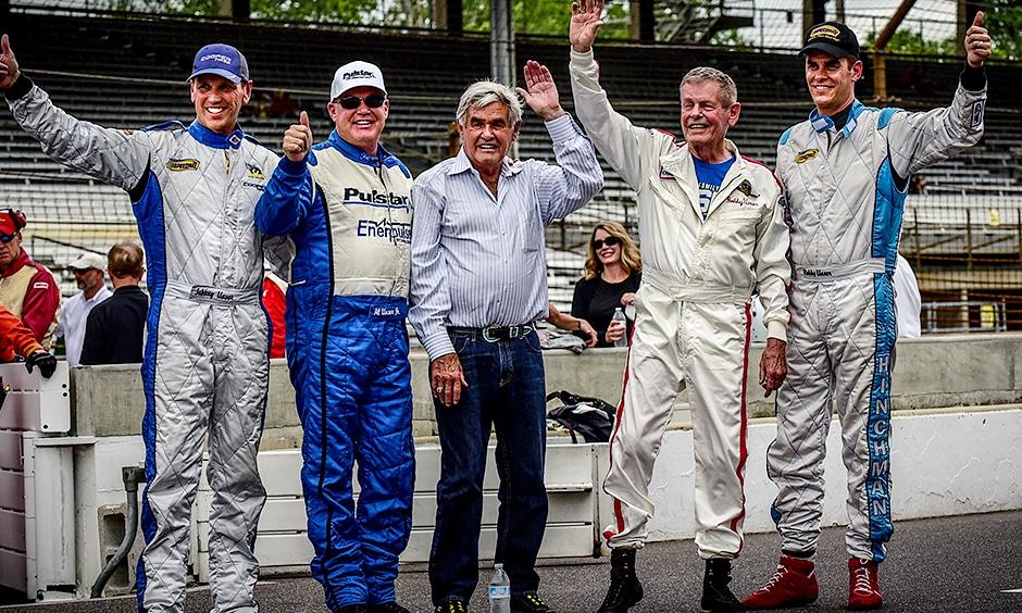 Rodzina Unserów - od lewej Johnny Unser, Al Unser Jr., Al Unser Sr., Bobby Unser oraz Robby Unser