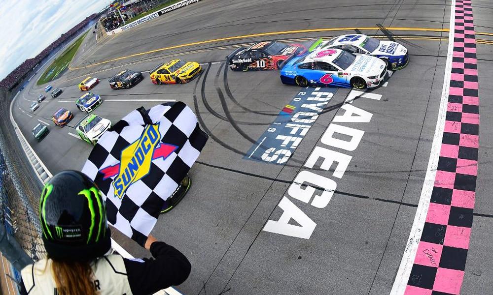 NASCAR 2020 przewodnik po serii