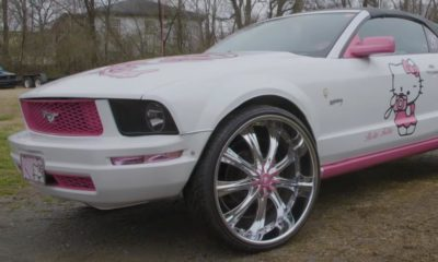 ford mustang hello kitty