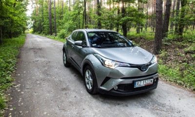 Toyota C-HR przód 4