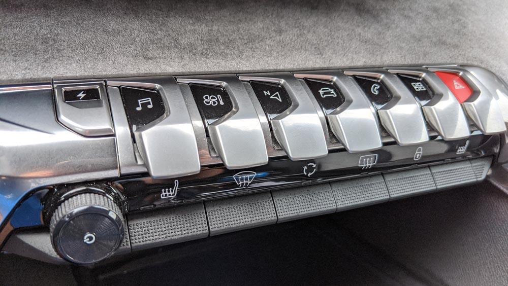 peugeot 3008 hybrid4 przyciski