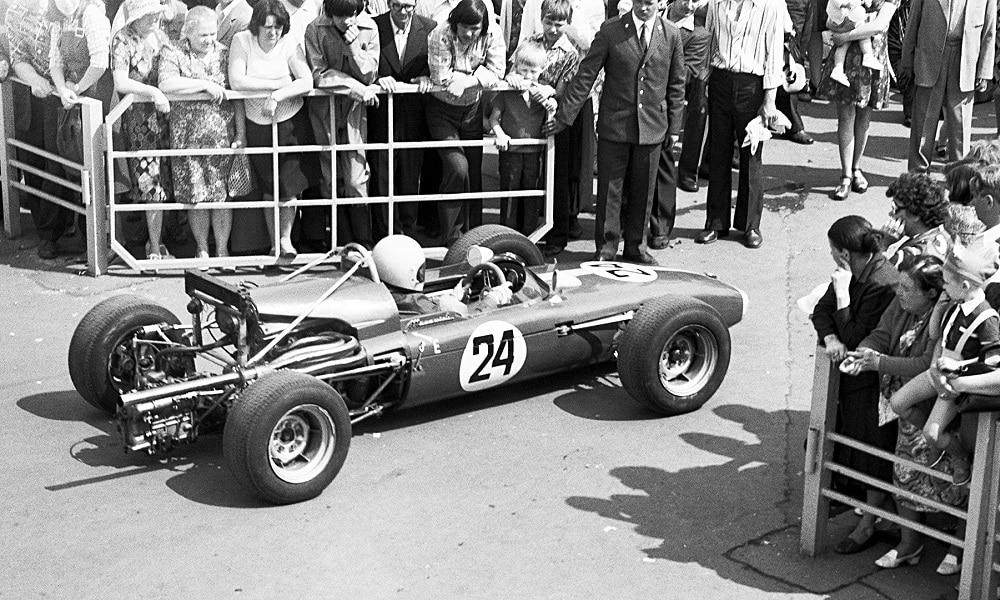 Tuż przed startem do wyścigu Radziecka Formuła 1