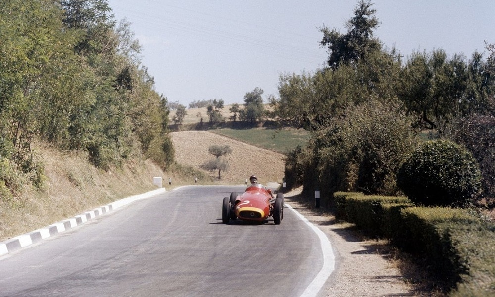 Fangio jedzie po P2