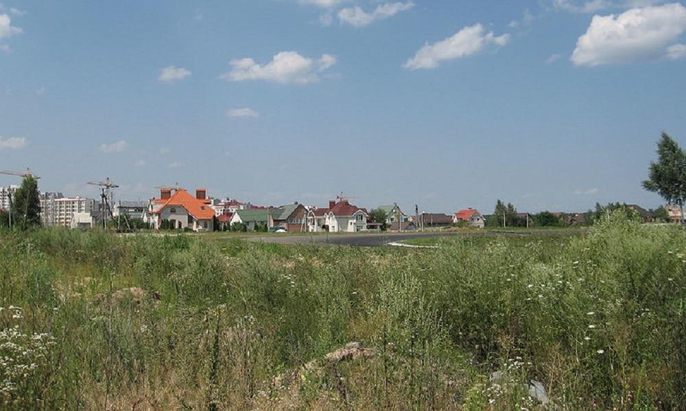 widok na ukraiński tor latem 2009 r.