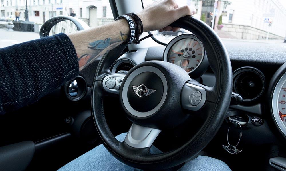 kierowca jazda defensywna