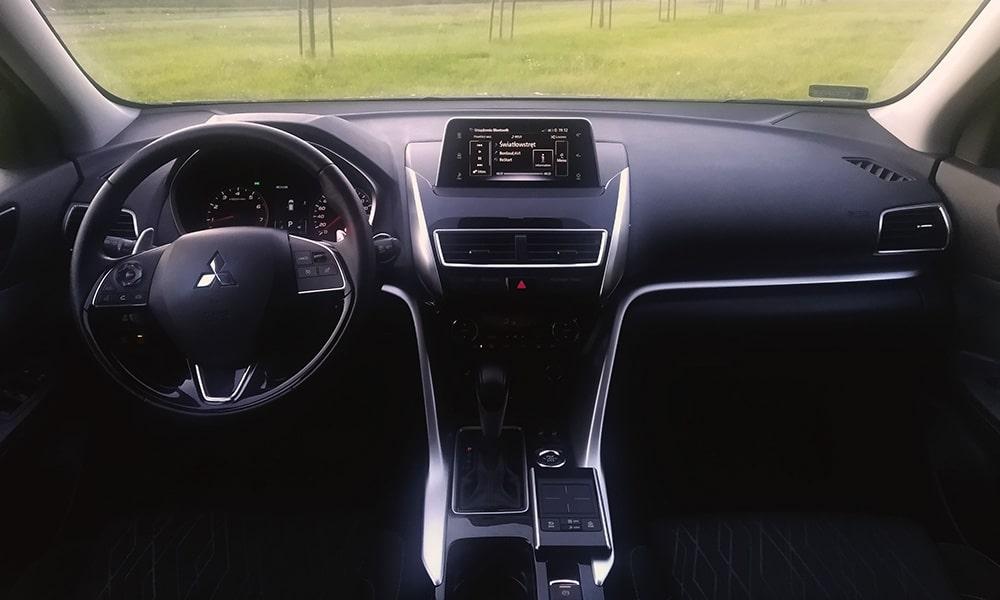 wnętrze Mitsubishi Eclipse Cross 2020
