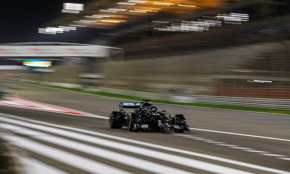 Lewis Hamilton PP GP Bahrajnu Sakhir 2020 Mercedes