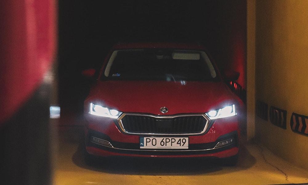 Škoda Octavia IV Combi przód 1
