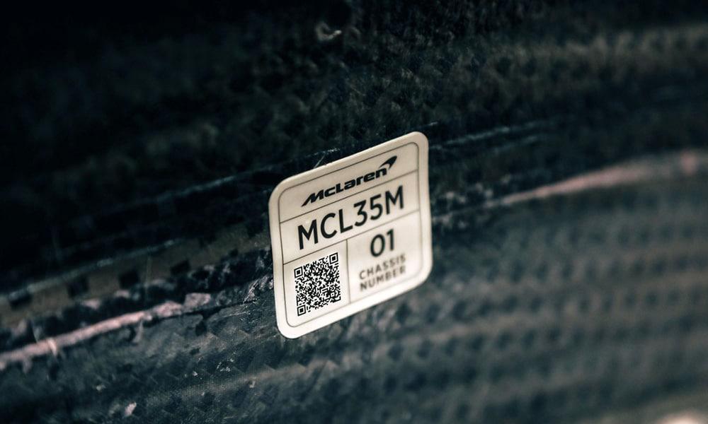 McLaren MCL35M prace nad bolidem 2021
