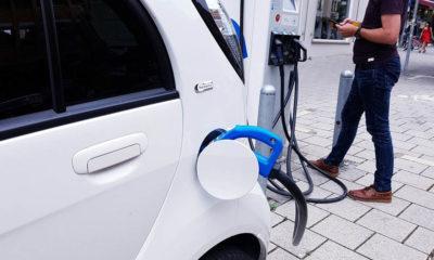 richard parry-jones samochody elektryczne emisje elektryków