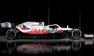 Haas bok 2 malowanie 2021 vf-21
