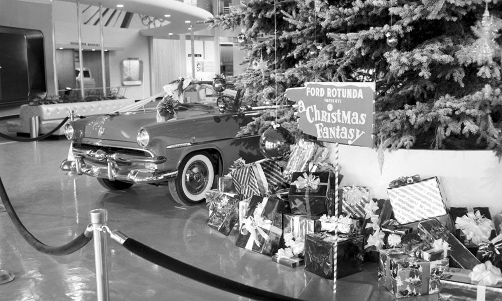 ford rotunda jarmark bożonarodzeniowy 1953